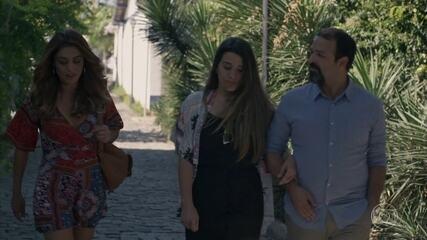 Bibi encontra uma casa fora do Rio