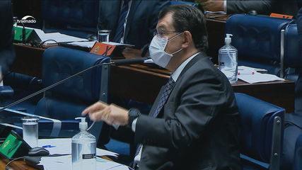 Senador do Amazonas diz que avisou Pazuello sobre gravidade da crise de Covid no estado