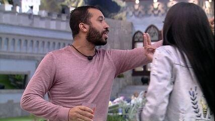 Gilberto dispara para Pocah: 'Não vou perder para Basculho'
