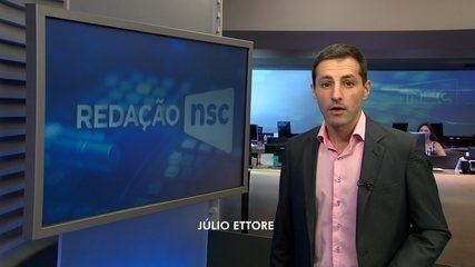 Manifestantes fazem carreata contra Bolsonaro em Florianópolis e Joinville