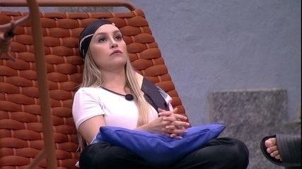Carla Diaz sugere opção de voto no BBB21