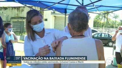 Vacinação contra a Covid-19 é realizada em nove cidades da Baixada Fluminense nesta terça-feira (23)
