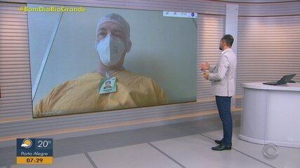 Médico intensivista conta sobre rotina exaustiva dentro de uma UTI superlotada