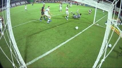 Os gols de Atlético-GO 3 x 1 Coritiba pela 38ª rodada do Brasileirão