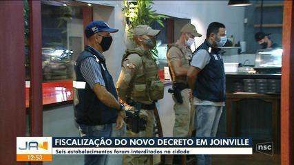 Seis estabelecimentos são interditados em fiscalização do novo decreto em Joinville