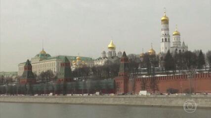 """Presidente Biden diz que Rússia vai pagar """"um preço"""" por interferir em eleições americanas"""