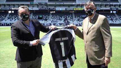 CEO foi contratado pelo Botafogo em março para ajudar na reestruturação do clube
