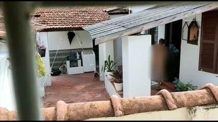 Idoso é preso suspeito de maus-tratos a cachorro encontrado molhado de pimenta em Bauru