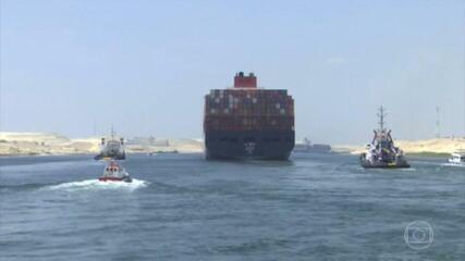 Preço do barril de petróleo cai 1% horas após o fim do bloqueio no Canal de Suez