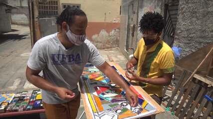 Artista plástico Lemilson Alves leva arte do mosaico para a comunidade do Calabar