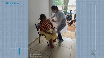 Cerca de 10% da população do RS já foi vacinada contra a Covid