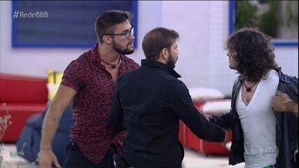 Arthur e Fiuk se desentendem no jogo da discórdia