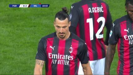 Expulso! Ibrahimovic recebe cartão vermelho direto e deixa Milan com um a menos, aos 15 do 2º tempo