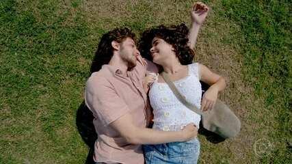 Eliane e José Alfredo trocam declarações de amor