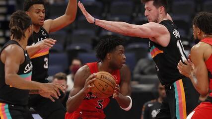 Melhores momentos: Toronto Raptors 117 x 112 San Antonio Spurs pela NBA