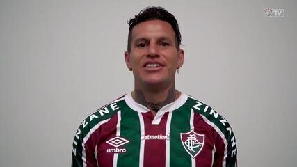 Fluminense anuncia atacante argentino Bobadilla