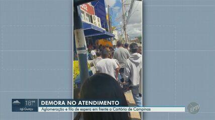 Imagens mostram fila e aglomeração em cartório de Campinas