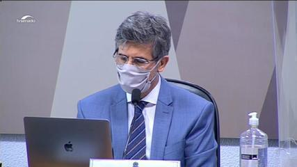 VÍDEO: Teich diz que 'orientação sobre cloroquina' e falta de autonomia o levaram a deixar cargo