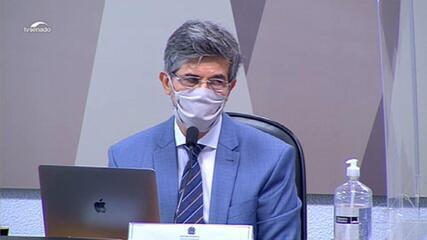 Teich diz na CPI que deixou Ministério da Saúde por falta de autonomia