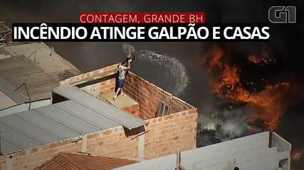 Incêndio atinge galpão e casas em Contagem, na Grande BH