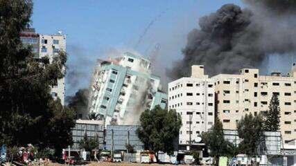 Mísseis israelenses destroem prédio em Gaza que abrigava órgãos de imprensa