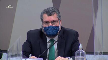Ernesto Araújo: 'Nenhum dos atos do presidente prejudicou nossas relações'