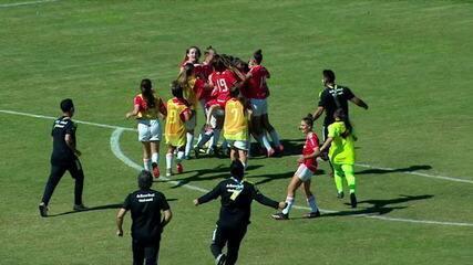 Os gols de Internacional 2 (5) x (3) 2 São Paulo pelo Brasileirão Feminino Sub-16