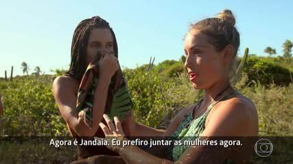 Jéssica combina votos e lealdade com as meninas da Tribo Jandaia