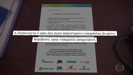 Oito partidos políticos divulgam nota em defesa dos valores democráticos após fala de Bolsonaro