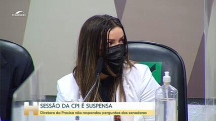 CPI da Covid: diretora da Precisa não responde às perguntas dos senadores