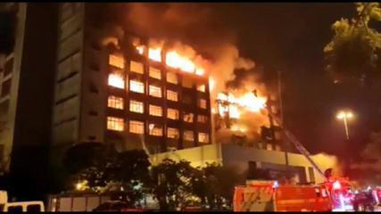 Incêndio atinge prédio da Secretaria de Segurança Pública do RS, em Porto Alegre
