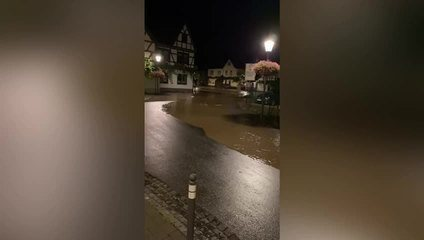The video shows when water is advancing in Germany