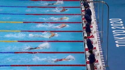 Margaret Macneil (CAN) vence a final dos 100m borboleta feminino na natação