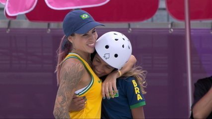 Rayssa Leal garante a medalha de prata para o Brasil aos 13 anos