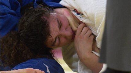 A Russa Madina Taimazova apagou numa imobilização da japonesa Chizuru Arai após mais de 12 minutos de luta