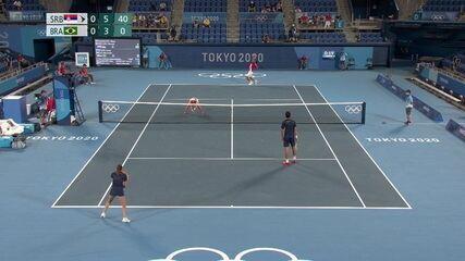 Djokovic/Stojanovic fecham o primeiro set contra Melo/Stefani