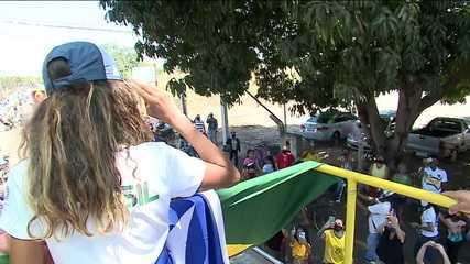 Ela chegou! Prata nas Olimpíadas, Rayssa Leal volta para o Brasil e é ovacionada em Imperatriz, no Maranhão