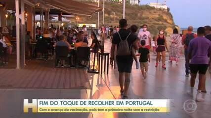 Com avanço da vacinação, Portugal retira restrições e tem a primeira noite sem toque de recolher