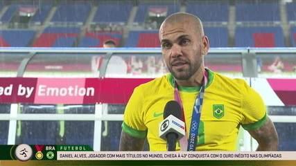 Daniel Alves dedica ouro a todos os atletas brasileiros que competiram em Tóquio