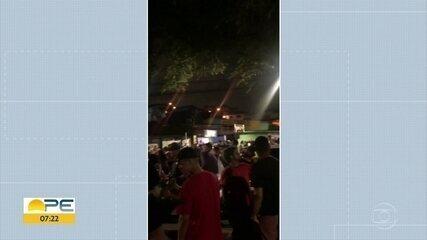 Moradores da Bomba do Hemetério enviam vídeos de aglomeração e festa nas ruas do bairro