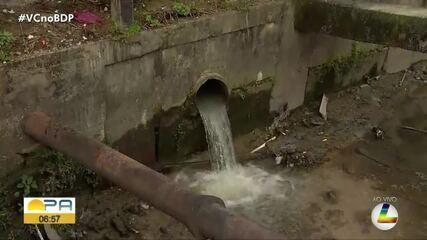 Moradores denunciam desperdício de água no canal de Vileta em Belém