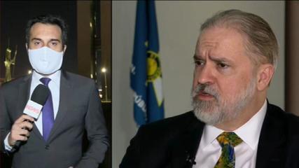 Senadores acionam STF contra 'atuação omissa' de Aras com relação a ataques de Bolsonaro ao sistema eleitoral