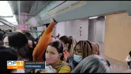 Usuários do transporte público do DF reclamam de aglomeração durante viagens