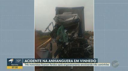 Engavetamento entre três caminhões deixa três pessoas feridas em Vinhedo