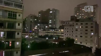 Moradores fazem panelaço contra Bolsonaro em SP