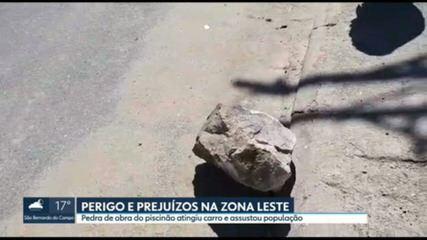 Moradores da zona leste dizem que pedras são arremessadas de obras do piscinão
