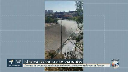 Moradores reclamam de fumaça gerada por fábrica sem licença ambiental em Valinhos