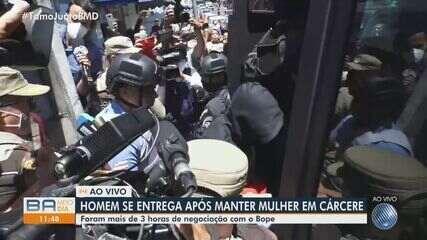 Mulher é liberada após ter sido feita refém pelo ex-companheiro em Salvador