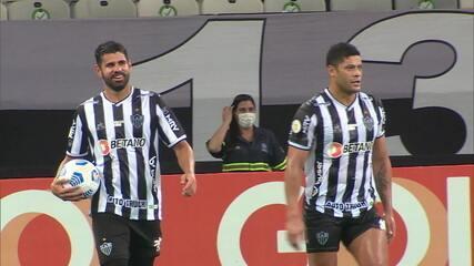 Atlético-MG vence o Sport e segue na liderança do Brasileirão