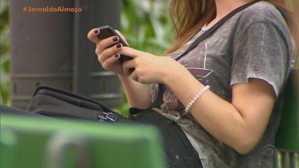 Queda do WhatsApp, Instagram e Facebook afeta população no RS